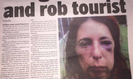 Thugs assault and rob tourist