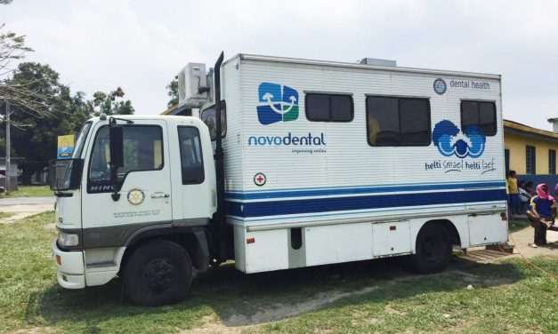 Volunteer Dentists Use Novo Dental Mobile Clinic To Improve Oral Health In Vanuatu