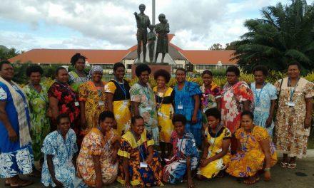 Vanuatu Mamas' English Class observes Parliament in session