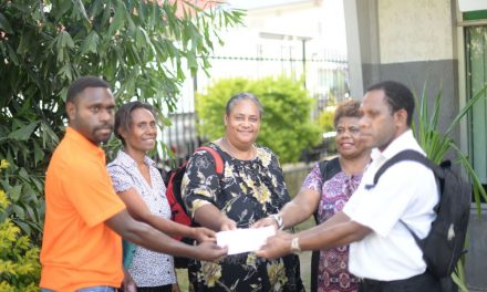 Musician sets up charitable cancer project for Vanuatu women