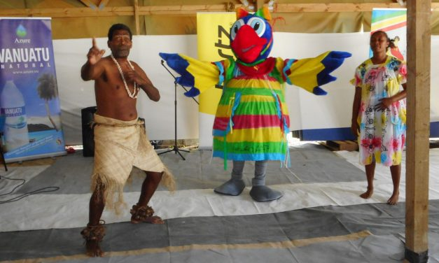 Em Pawa unveiled at VNCW 37th Anniversary celebration