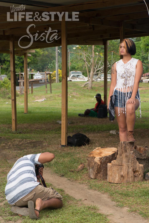 Umi-behind-the-scenes-Vanuatu-model