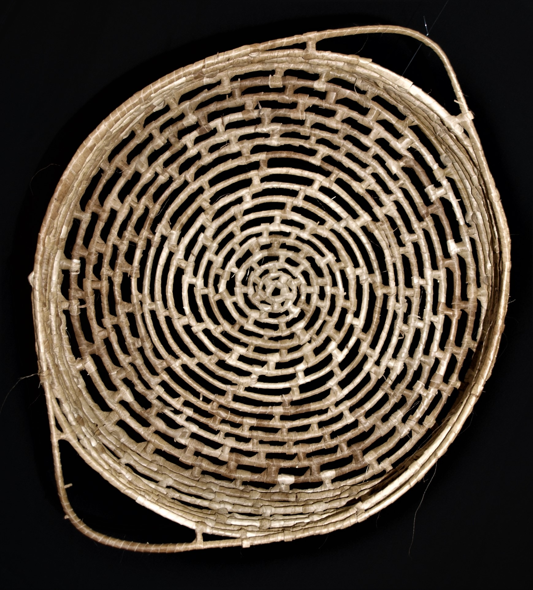 coil-basket-ambae