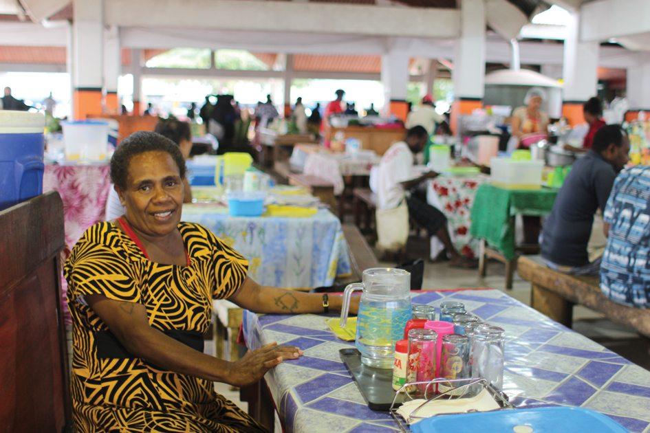 vanuatu-markets-restaurants