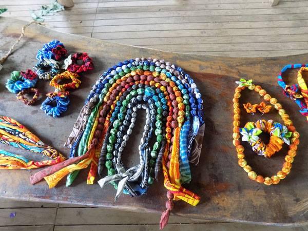 fabric-jewellery-activ