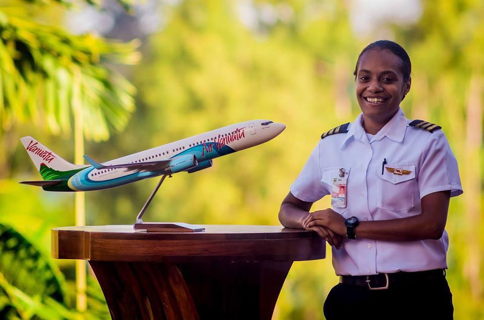 female-pilot-vanuatu