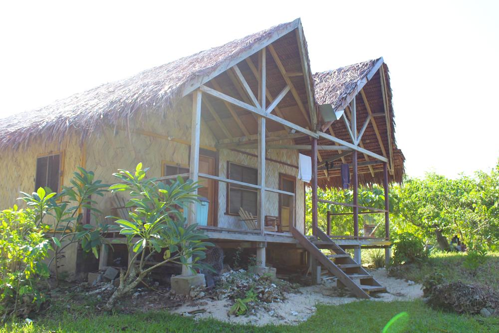 abera-beach-bungalows-tanna