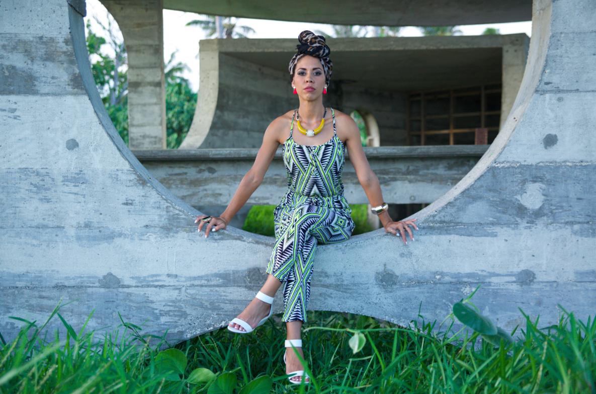 vanuatu-fashion-model