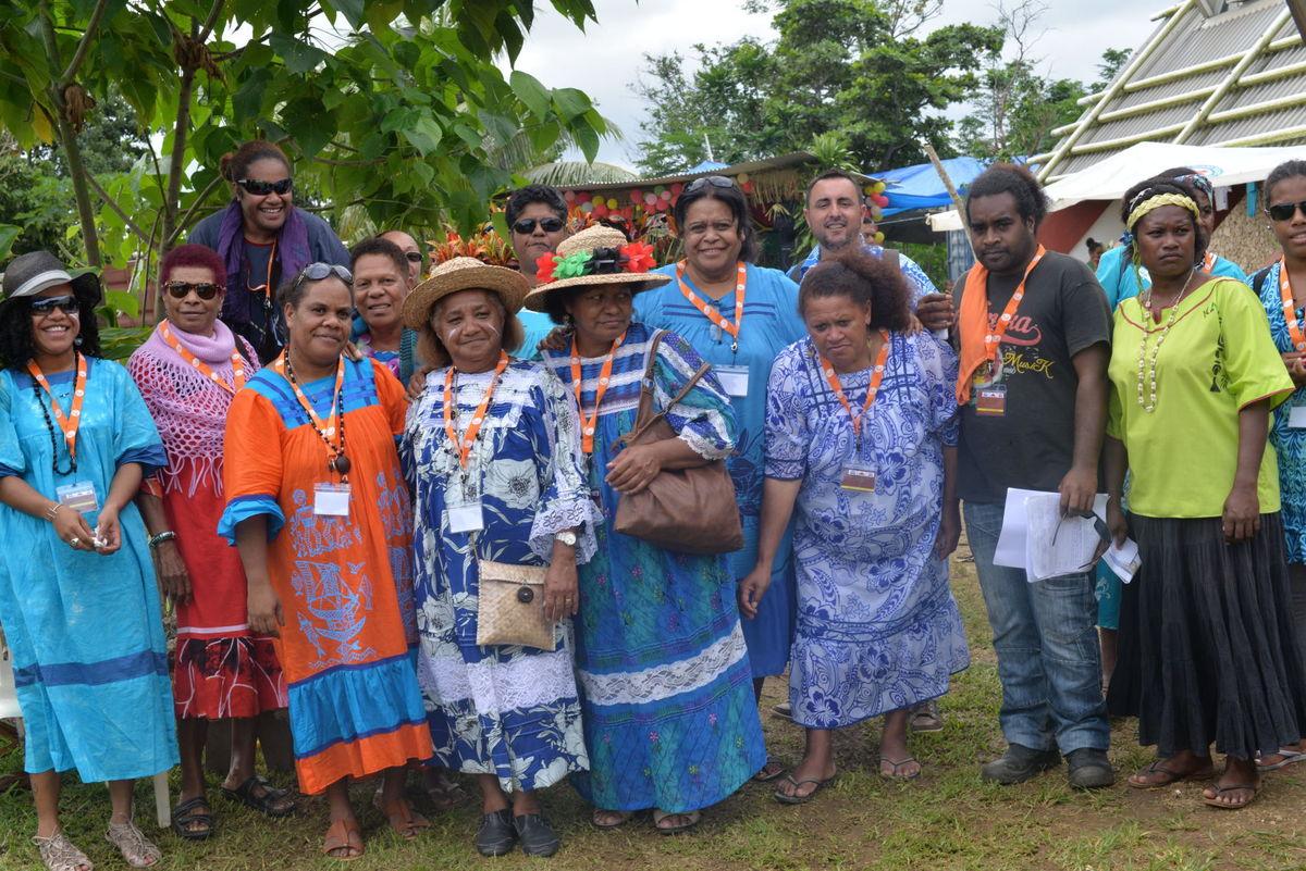 ni-vanuatu-women
