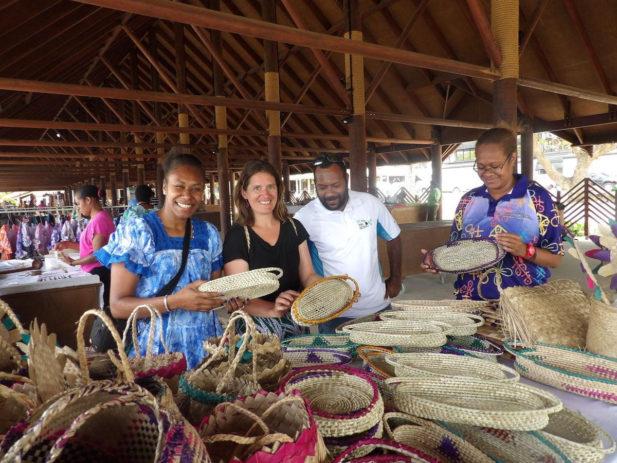 vanuatu-handicrafts