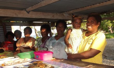 Launamoa women fundraise for Market House