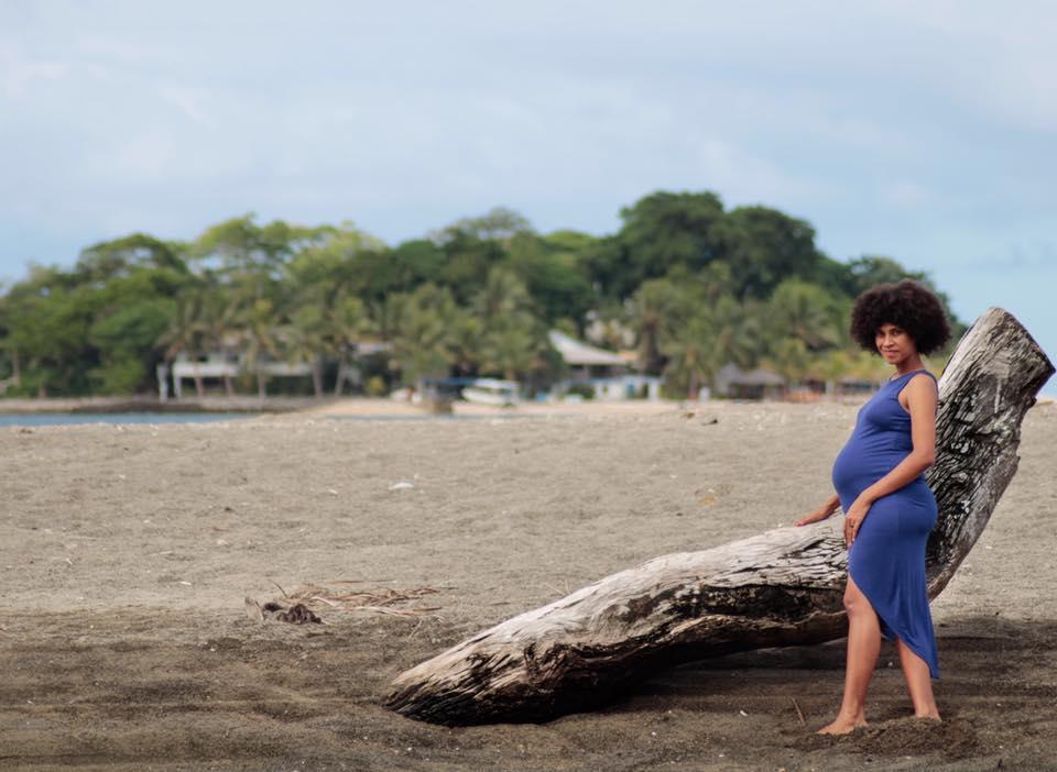 maternity-photos-vanuatu