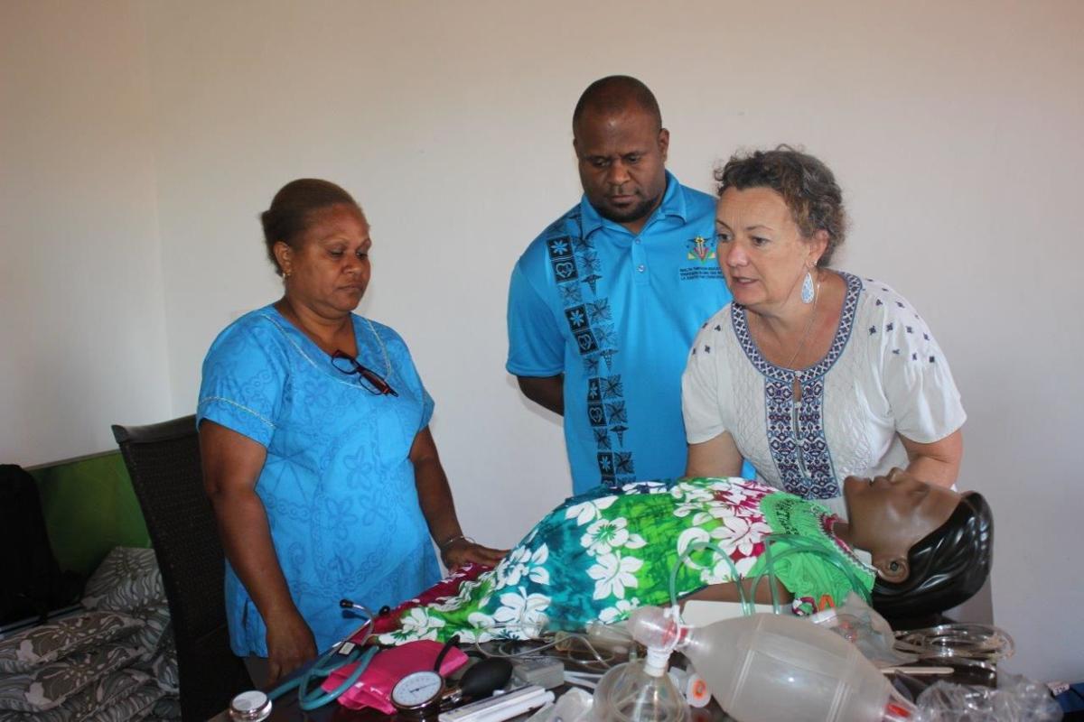emergency-training-vanuatu-nurses