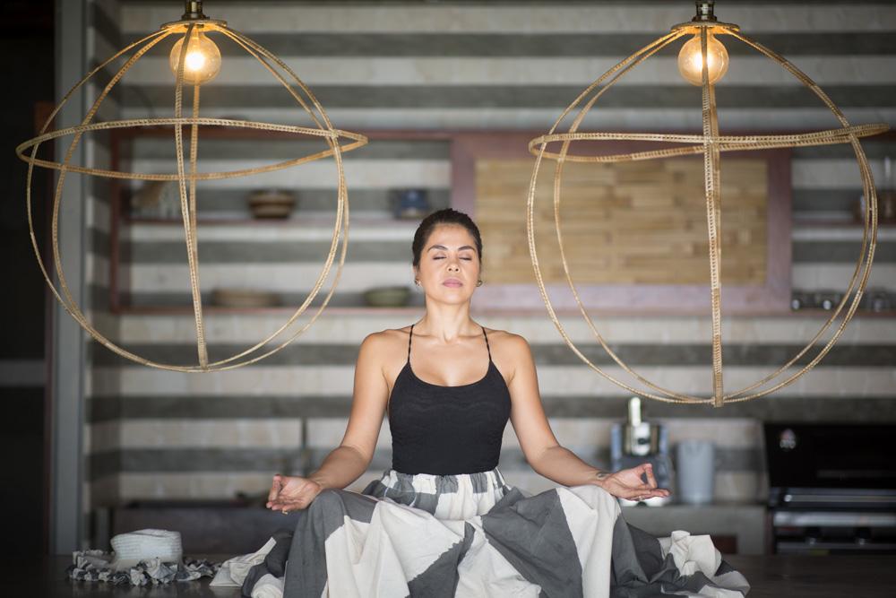 yoga-vanuatu-chanelle-sista-ahimsa