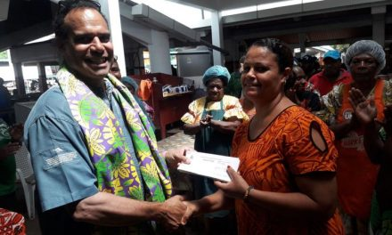 Regenvanu supports local women vendors with food safety certificates