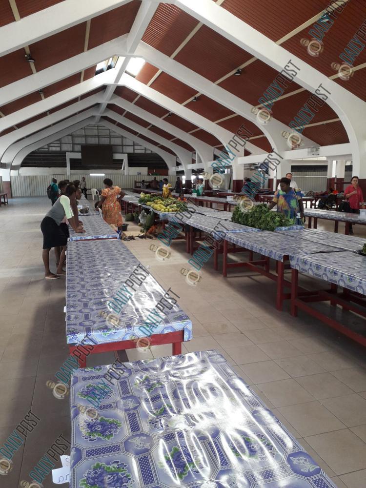 portvila-market-haos-reopens