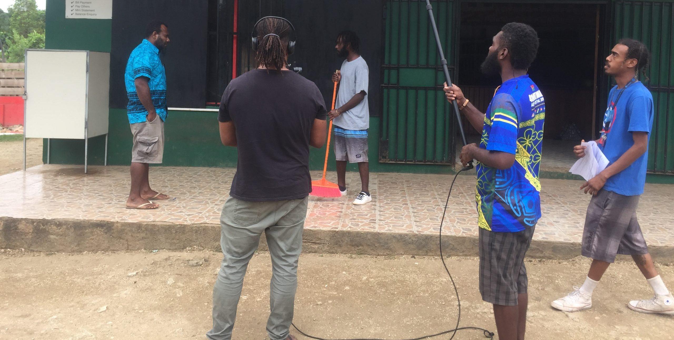 girls-online-safety-filming